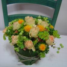 告知:5月14日(土)葉っぱの器に初夏の花をいけよう!:出張レッスン
