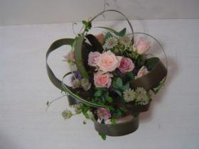 退職の花:ローズ、アルケミラモリスなど