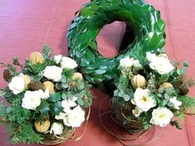 パーティのお花3点セット:椿の葉、蔓、ローズなど
