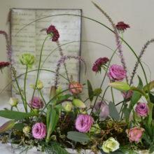 動物病院開院祝い:軽やかに春のお花で。
