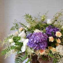 アジサイをいれたお祝いのお花