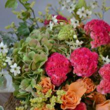 敬老の日は明るく元気な花を贈りましょう。